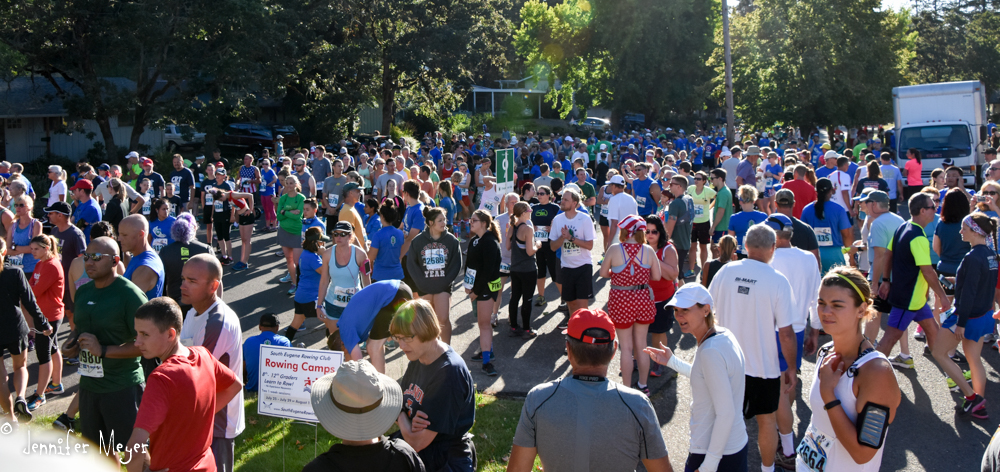Thousands sign up to run or walk the butte-to-butte race.