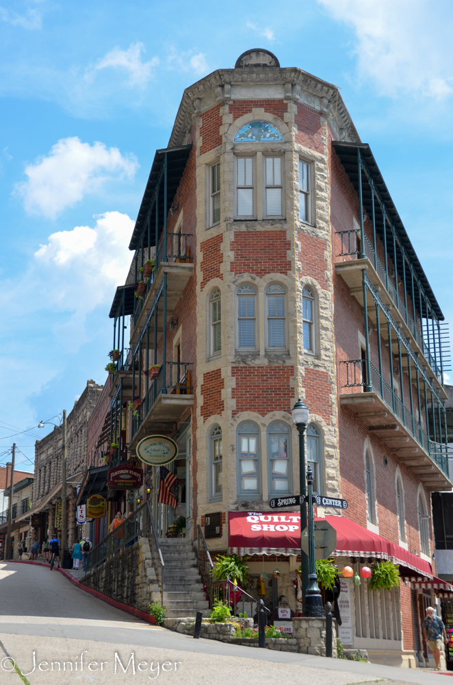 Eureka Springs Photos   One Year on the Road