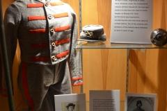 The confederate uniforms were gray.