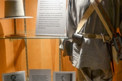 General Sturgis's volunteer army for the Union also wore gray.