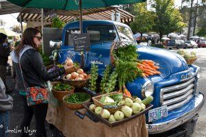 Farmer's Saturday Market.